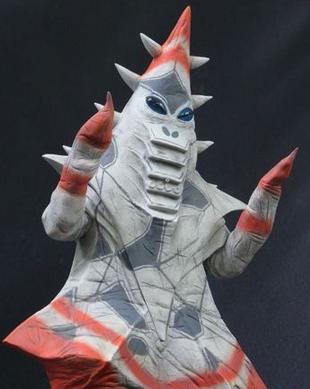 宇宙怪人伸来魔爪 大怪兽系列新品发售