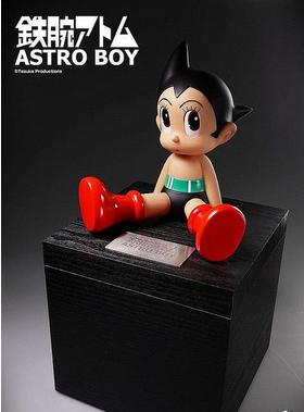 《铁臂阿童木》 诞生60周年纪念玩偶