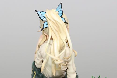 星奈的标志之一就是蝴蝶发饰,金发缓缓流逝的感觉赛高!