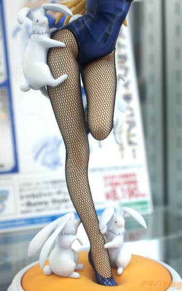 《IS》夏露露兔女郎PVC