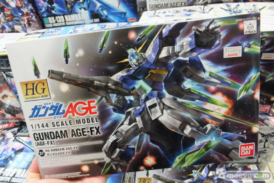 《高达AGE》最终形态HG版高达AGE-FX发售