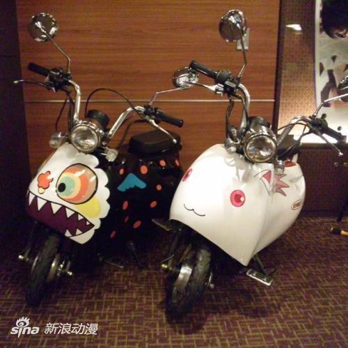 《魔法少女小圆》QB/魔女涂装痛摩托车登场