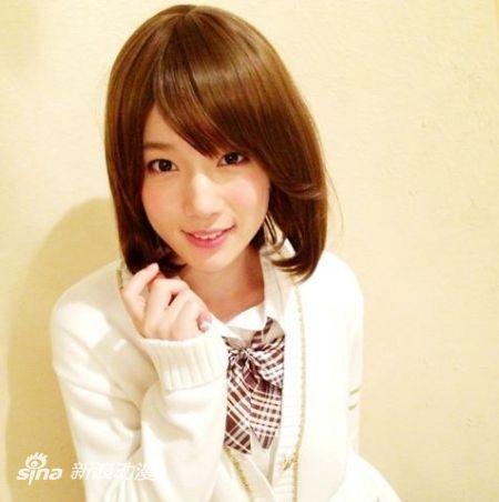 小鸟游六花声优内田真礼23岁生日博客晒萌照