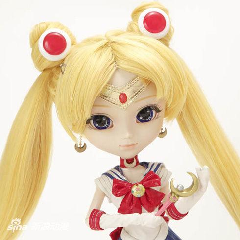 《美少女战士》推出可以眨眼的时尚人偶!