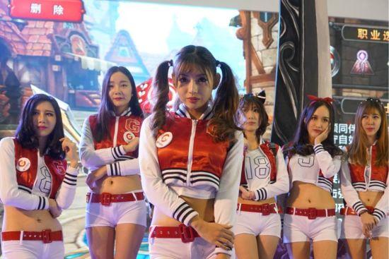 图 07 萌萌的Showgirl
